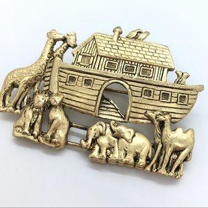 Jewelry - Noah's Ark Gold Brooch
